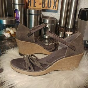 Teva wos grey wedge sandals 8